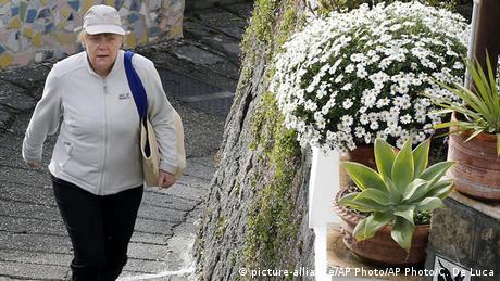 """Ιταλία: Η """"καλή"""" Μέρκελ, ο """"κακός"""" Κουρτς"""