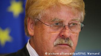 Elmar Brok (picture-alliance/dpa/EPA/J. Warnand)