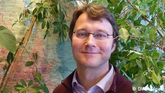 Dr. Tobias Wuenscher (Foto: Karin Jäger/DW, 08.04.2015).