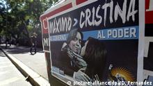 View of the electoral banner of Maximo Kirchner, son of Argentinian president Cristina Fernandez thats reads to the government to the power in Buenos Aires, Argentina on 08 April 2015. EFE/David Fernandez