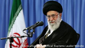 Ajatollah Ali Chamenei am 9. April (Foto: picture-alliance/dpa/Offical Supreme Leader Website)