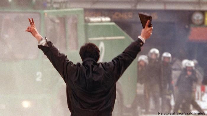 PKK-Anhänger besetzen SPD-Parteizentrale in Hamburg 1999