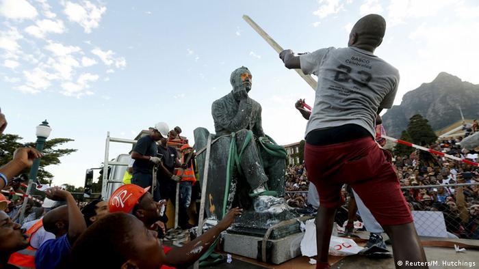 Südafrika Statue von Cecil John Rhodes wird entfernt
