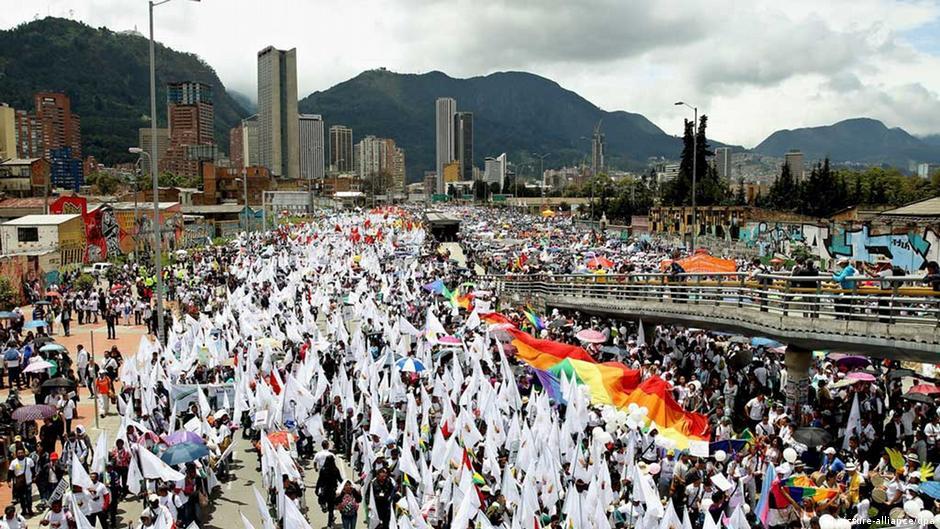 Colombia conmemoró el Día Nacional de la Memoria | DW | 10.04.2015