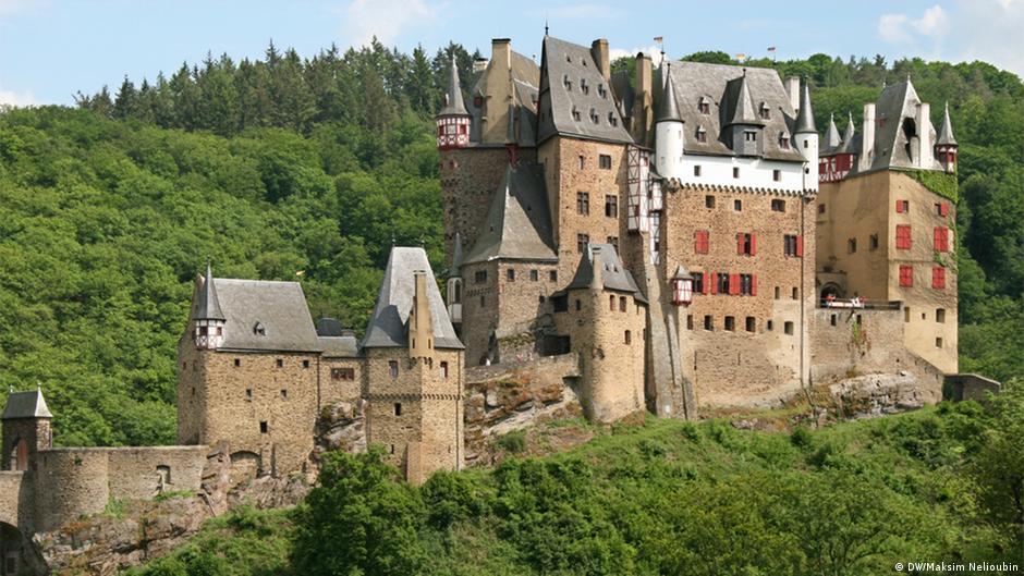 Замок эльц где находится