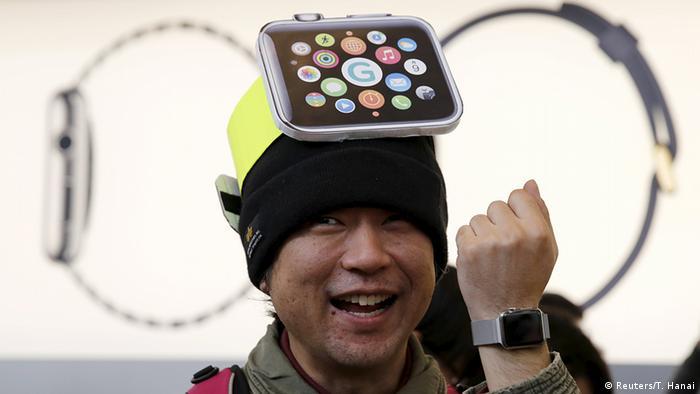 Apple Watch customer in Japan