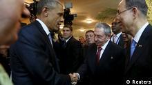 Handschlag zwischen Obama und Castro