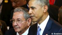 Obama und Castro in Panama