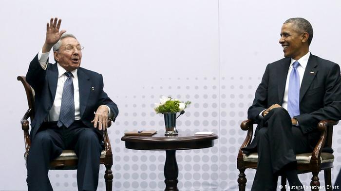 Castro y Obama en la Cumbre de las Américas.