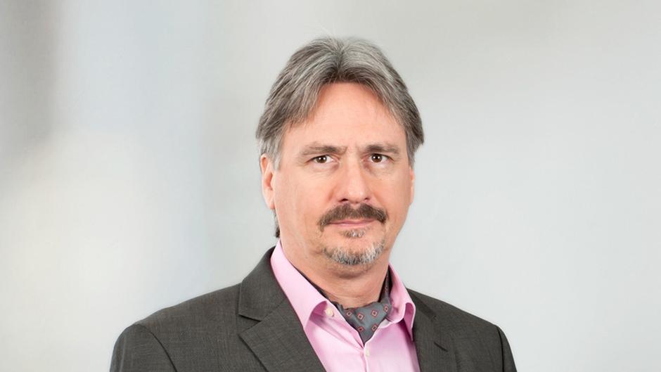 Opinion: Autocratsu2032 Stranglehold On The Media | Opinion | DW | 25.04.2018