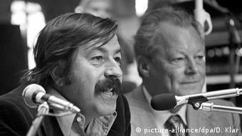 Günter Grass und SPD-Vorsitzender Willy Brandt 1976
