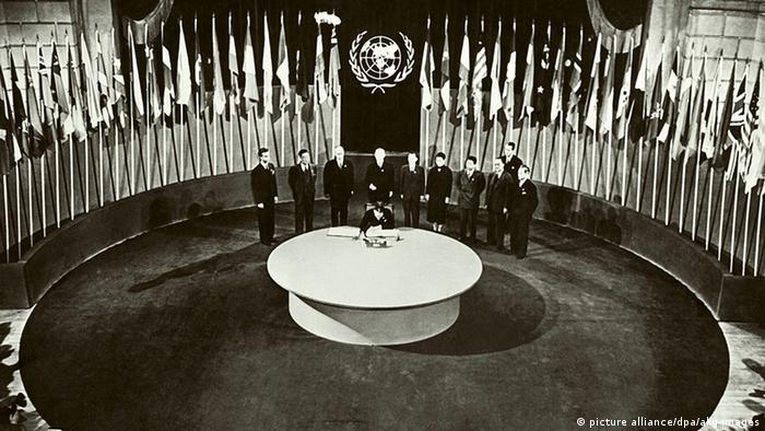 Lançamento da Carta das Nações Unidas de 1945 em São Francisco