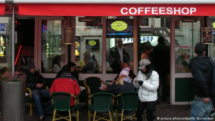 Coffeeshop der Kette The Bulldog in Amsterdam (picture-alliance/dpa/Th. Burmeister)