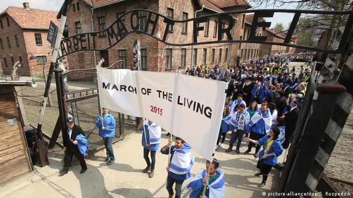 Marsch der Lebenden in Auschwitz