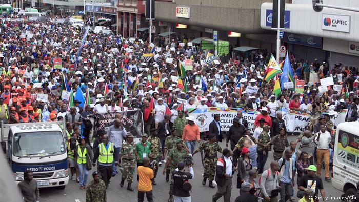 Friedensmarsch in Durban Südafrika AFP PHOTO /STRINGER