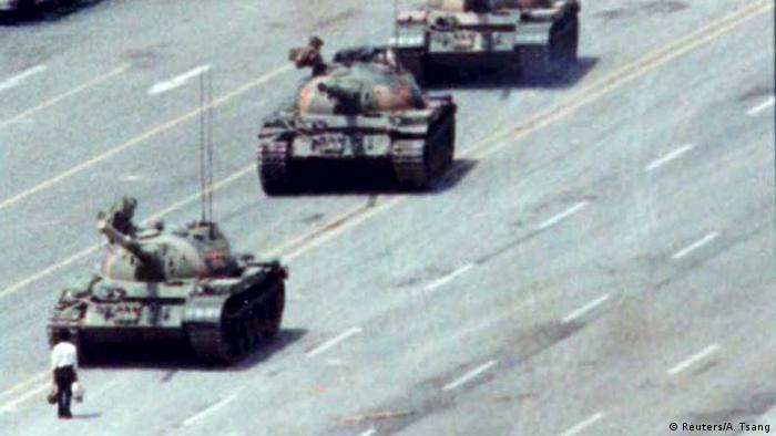 Massacre da Praça da Paz Celestial em 1989 atraiu atenções negativas do mundo sobre Pequim