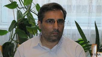 علیرضا هاشمی فروردین ماه امسال برای اجرای حکمی که پنج سال پیش صادر شده بود به زندان برده شد