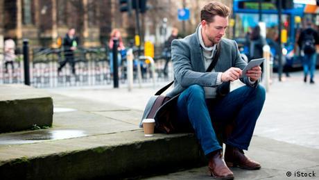 Kundenservice Motiv mobil, Social Media, Newsletter