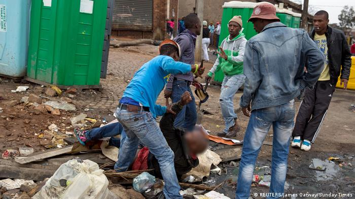 Südafrika - Gewalt gegen Einwanderer (REUTERS/James Oatway/Sunday Times)