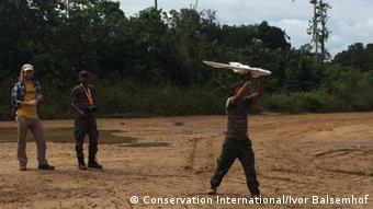 Photo: Drone im Central Surinam Nature Reserve (Source: Conservation International/Ivor Balsemhof)