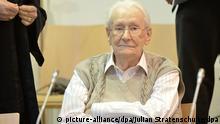 Gerichtssaal Oskar Gröning Lüneburg Prozess Aktivisten