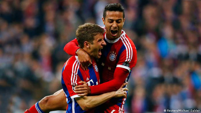 Champions League Bayern vs Porto Müller Thiago Jubel