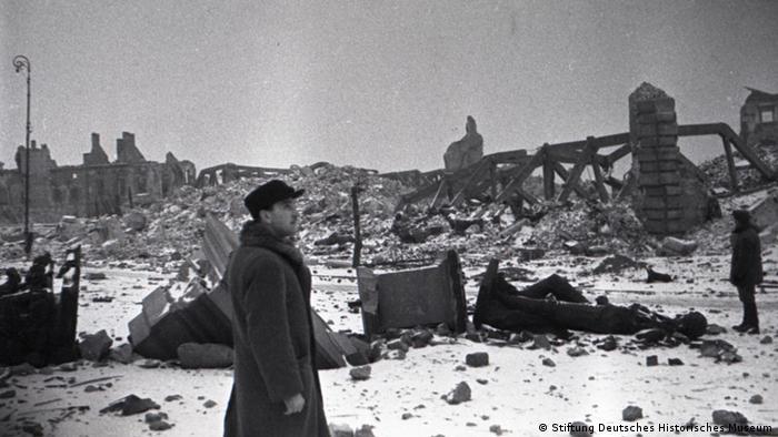 Zniszczona Warszawa, styczeń 1945