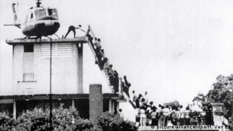 Bildergalerie Vietnam Evakuierung amerikanische Botschaft 1975