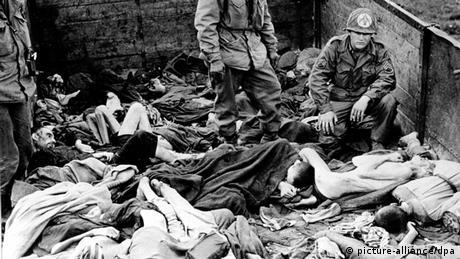 Zweiter Weltkrieg, Befreiung des KZ Dachau