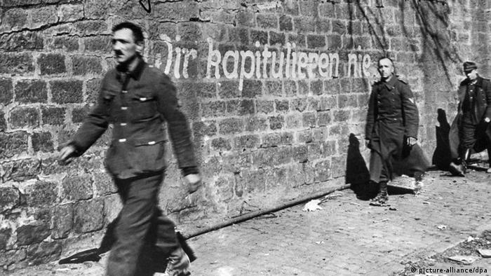 Zweiter Weltkrieg, Durchhalteparole Kapitulation 1945