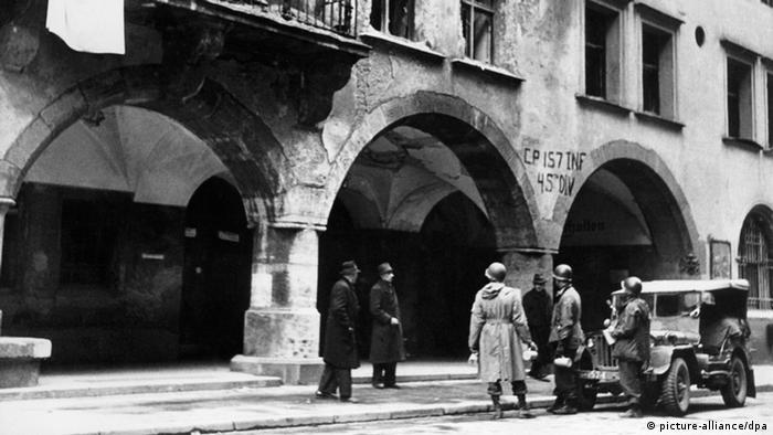 Zweiter Weltkrieg, US-Truppen in München 1945