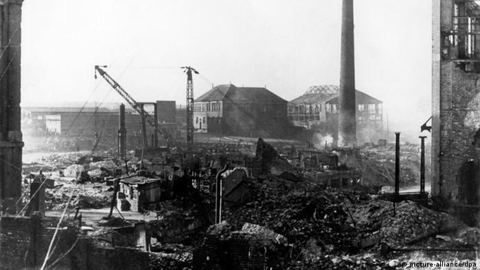 Зруйнований завод Krupp в Ессені, 1945 рік