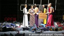 Theaterstück Die Schutzbefohlenen am Thalia Theater in Hamburg