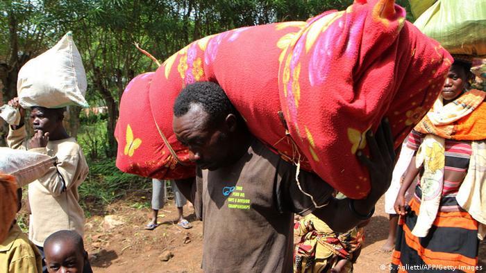 Burundian refugees flee