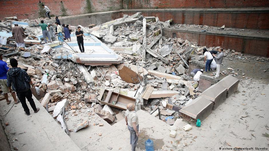 Write a report writing on Nepal earthquake 201