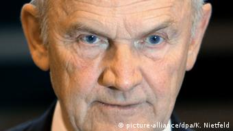 Archivbild Ferdinand Piech (picture-alliance/dpa/K. Nietfeld)