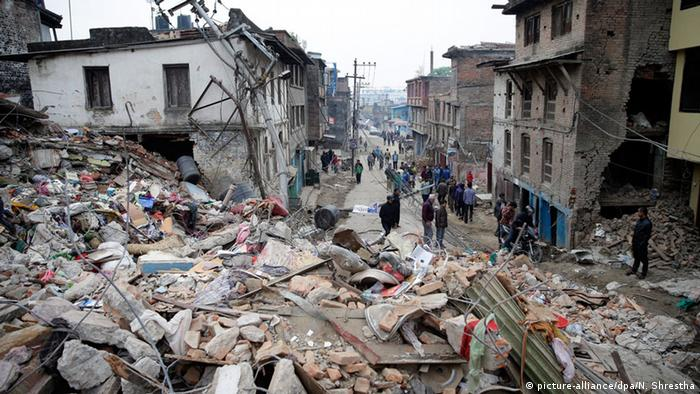 Scene of destruction in Kathmandu EPA/NARENDRA SHRESTHA +++(c) dpa - Bildfunk+++