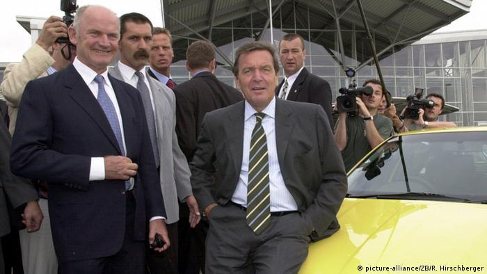 Ferdinand Piech and Gerhard Schröder in the Czech Republic in 2001