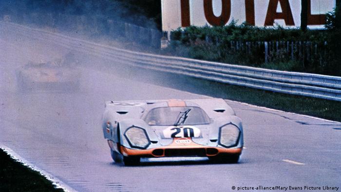 Porsche 917 races at Le Mans in 1971