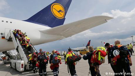 Nepal Erdbeben Hilfsaktion Deutschland (Reuters/W. Rattay)
