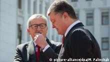 KIEV, UKRAINE. APRIL 27, 2015. Jean-Claude Juncker (L), president of the European Commission, and Ukraine's president Petro Poroshenko at a meeting ahead of the EU-Ukraine summit. Mikhail Palinchak/Ukrainian presidential press service/TASS