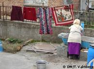 Težak život romskih djevojčica