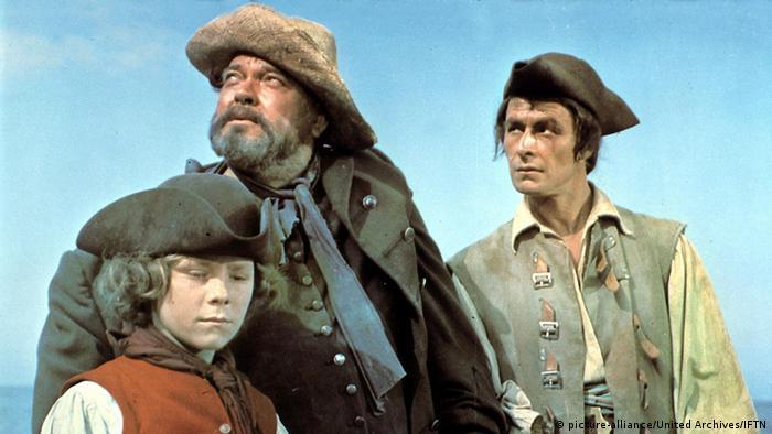 Filmszene Die Schatzinsel mit Orson Welles