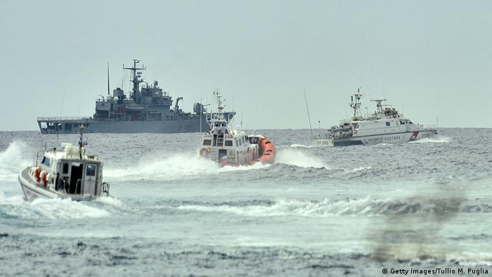 Italien Küstenwache Navy Rettungsoperation