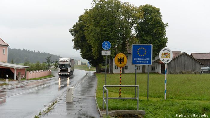 Пограничный пункт на чешско-германской границе в районе города Фурт-им-Вальд (фото из архива)