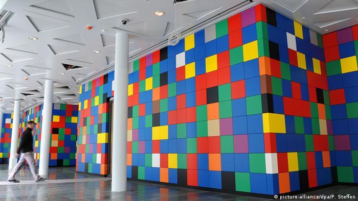Timm Ulrichs Installation