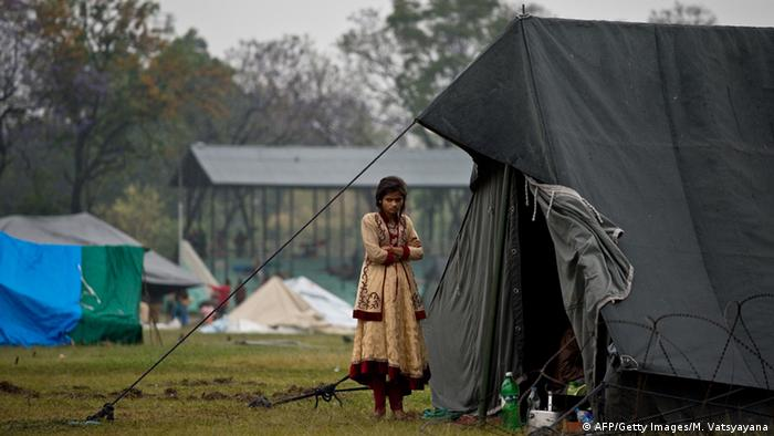Bildergalerie Nepal Erdbeben Zerstörung Zeltlager in Kathmandu