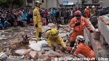 Nepal Erdbeben Helfer