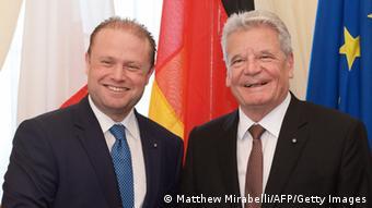 Bundespräsident Gauck und der maltesische Regierungschef Joseph Muscat (Foto: Matthew Mirabelli/AFP/Getty Images)