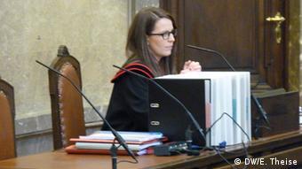 Земельний суд Відня невдовзі вирішить, чи поновлювати розгляд справи про екстрадицію Фірташа. Влітку минулого року міністр юстиції Австрії вже дозволив екстрадицію олігарха